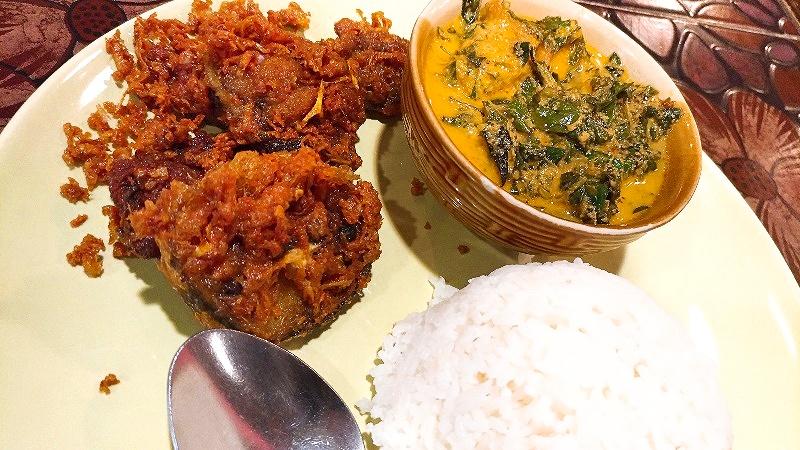 ナッタガーン・アーハンパクタイ | MAYA4階のタイ南部料理店