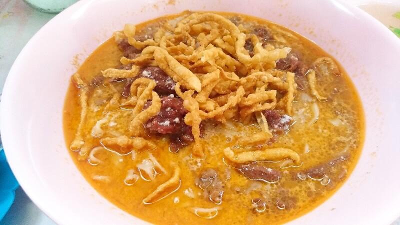 カオソーイルンプラギッ | 30年変わらない味と評判のチェンマイのカオソイ屋さん