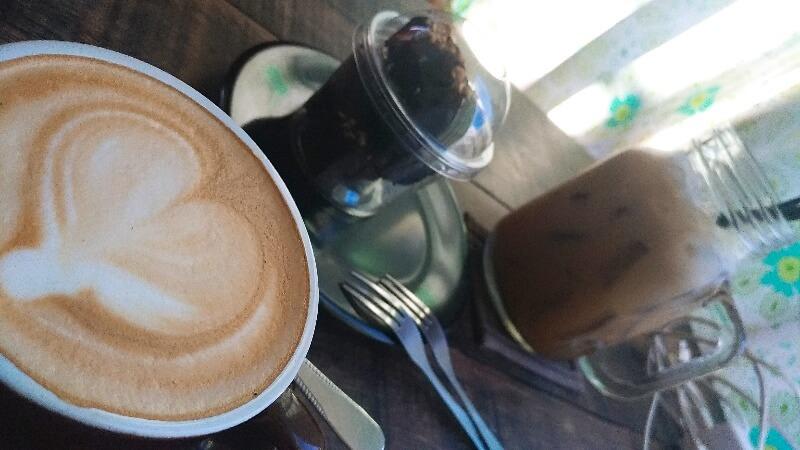 Aomコーヒーハウス| サンティッタムエリアのほっこりカフェ