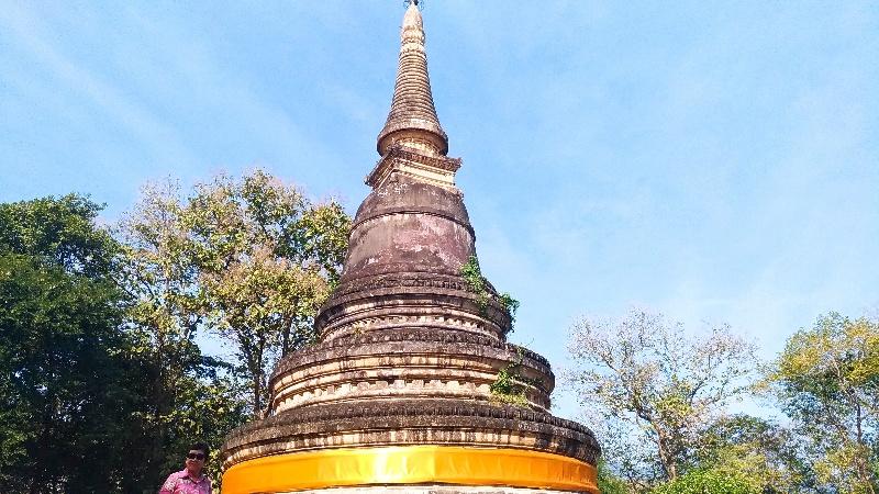 ワットウモーン チェンマイの三つ目がとおるなお寺